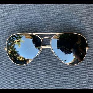 Ray Ban Aviators - Gold/Green 62 mm